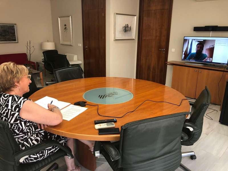 Reunión de la consellera Ana Barceló