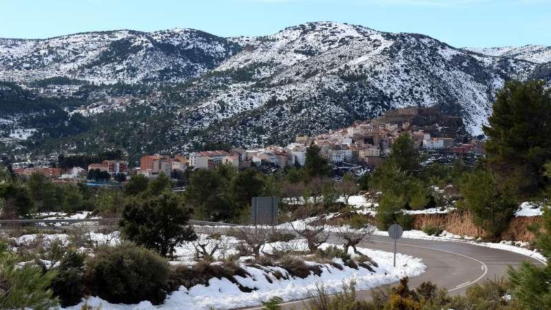 Panorámica de Bejís con las últimas nieves