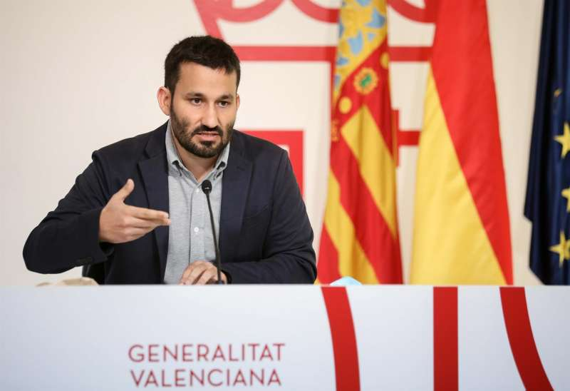 El conseller de Educación, Vicent Marzà, durante una rueda de prensa posterior al Pleno del Consell.