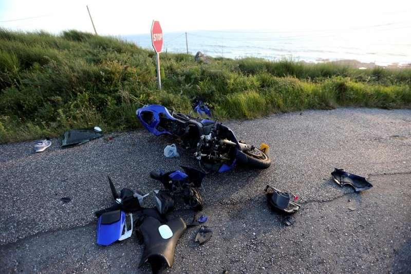 Una imagen de archivo de un accidente de motocicleta. EFE