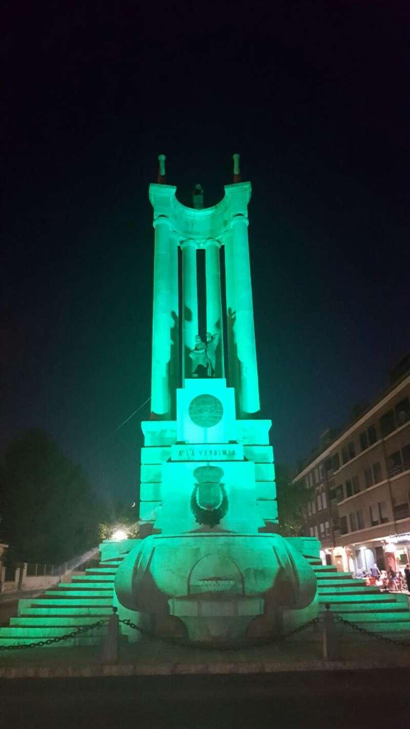 Monumento iluminado./EPDA