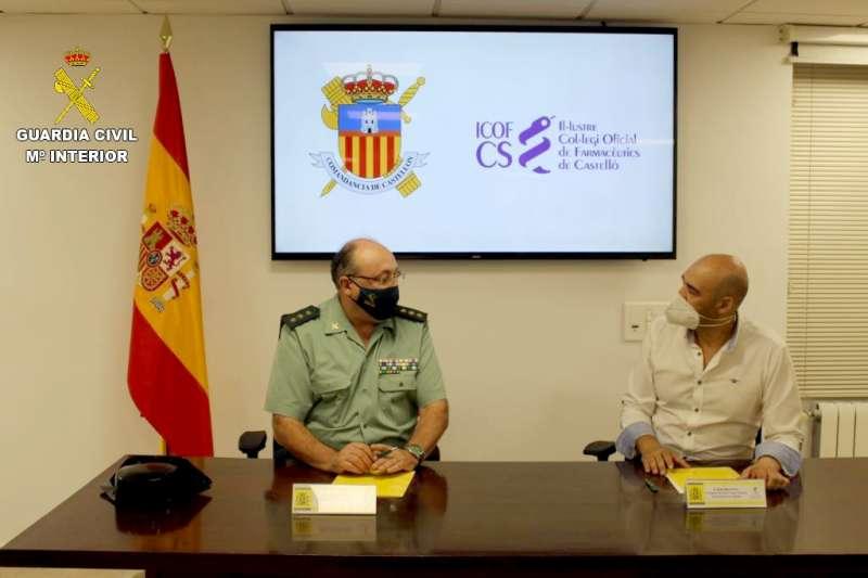 Fresneda y Marco en la firma del acuerdo