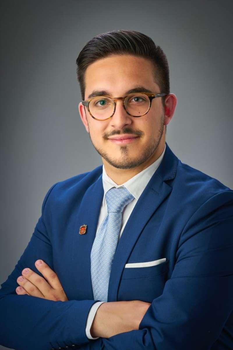 El alcalde de Vilamarxant, Héctor Troyano. / EPDA