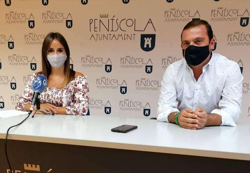 Andrés Martinez Alcalde junto a Raquel París Concejala de turismo