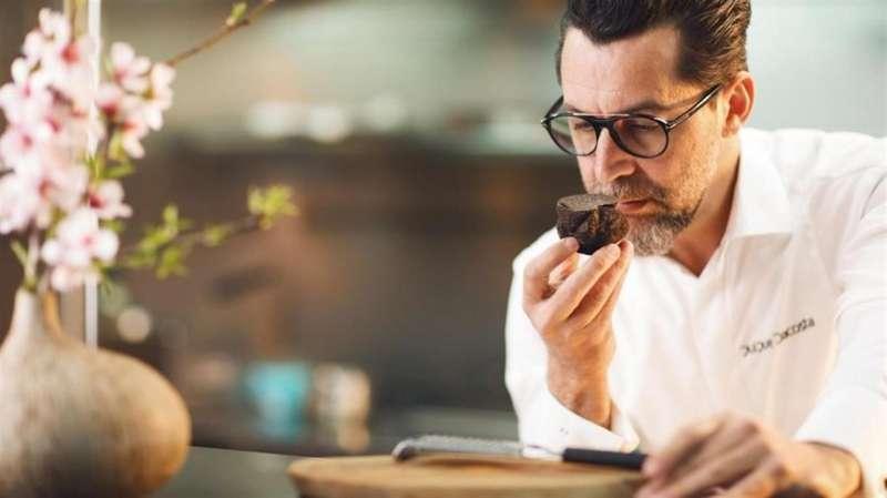 En la imagen, el chef en una imagen del Grupo Dacosta.