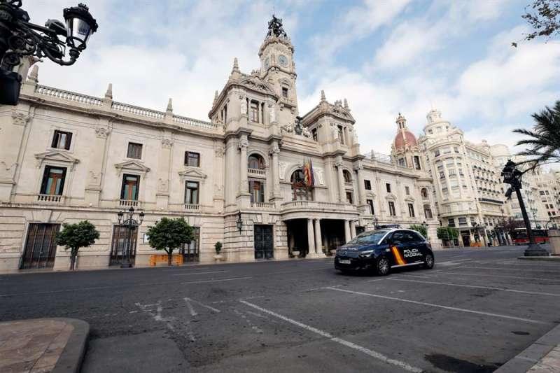 Imagen de la fachada del Ayuntamiento de València. EFE/Juan Carlos Cárdenas/Archivo