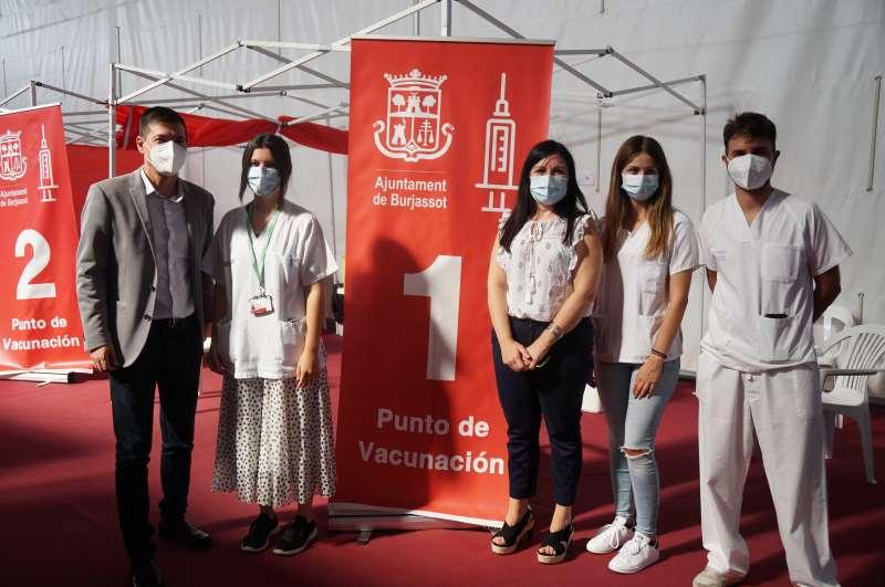 Visita al vacunódromo de Burjassot