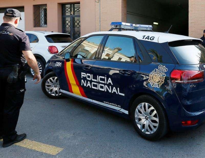 Agentes de la policía nacional. EPDA