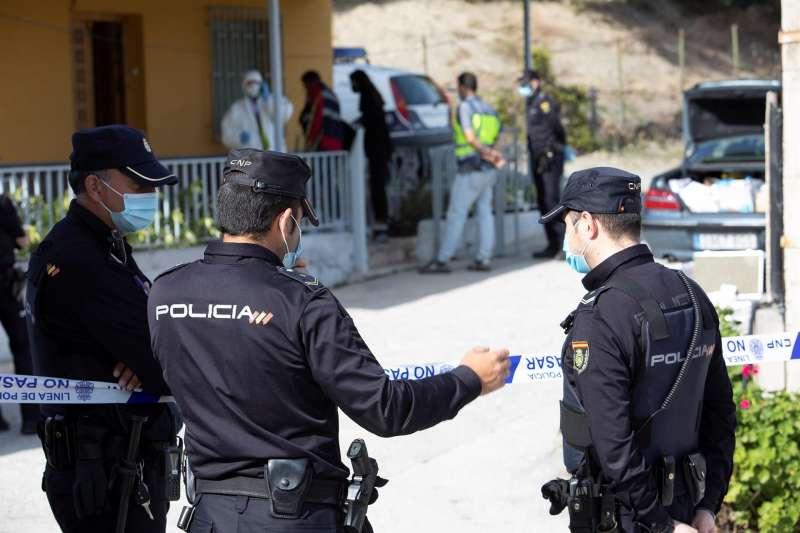 Agentes de la Policía Nacional durante una operación.