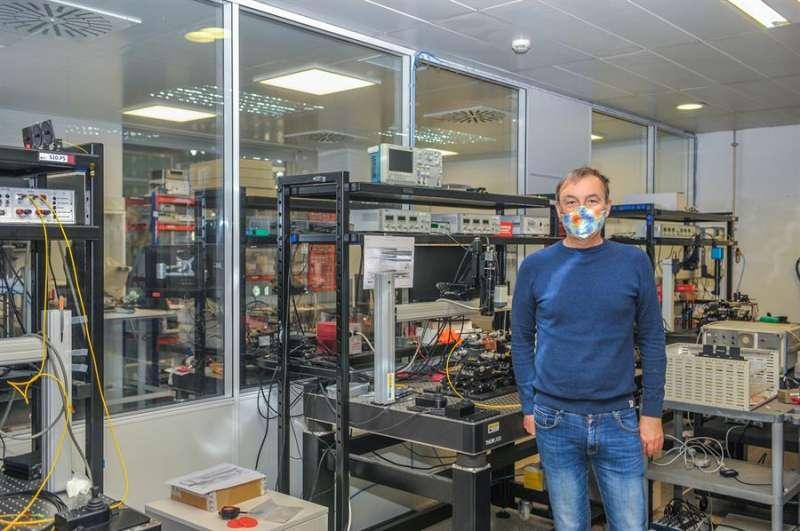 Imagen cedida por la UPV del catedrático José Capmany, nuevo Premio Nacional en el área de ingenierías. EFE