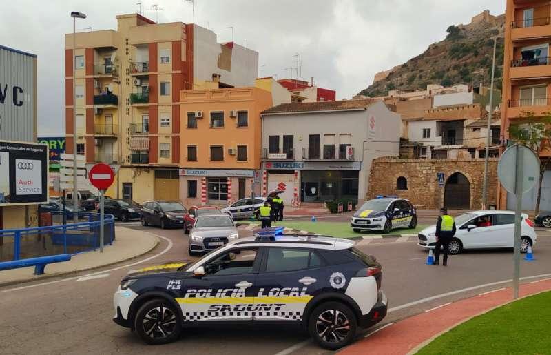 Uno de los controles de la Policía Local de Sagunt.