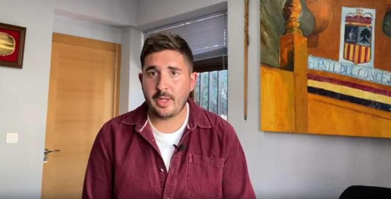 Alcalde de Fuenterrobles en el comunicado en vídeo. EPDA.
