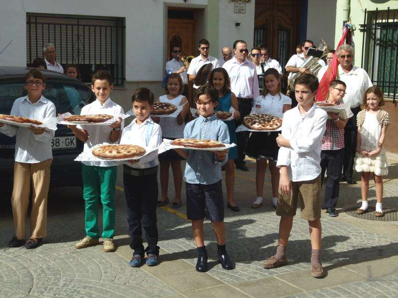 Niños en las fiestas de Algar de Palancia. EPDA